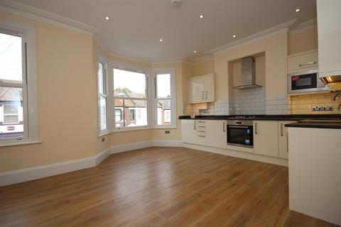 2 bedroom flat to rent - West Ella Road, Harlesden, NW10 9PT