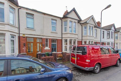 3 bedroom house to rent - Clodien Avenue, Heath