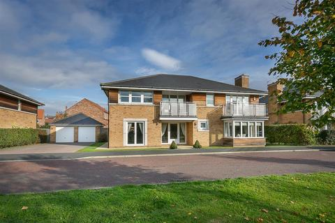5 bedroom detached house for sale - Lumley Way, Great Park, Newcastle upon Tyne