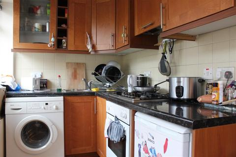 1 bedroom flat to rent - Kingsland Road, London