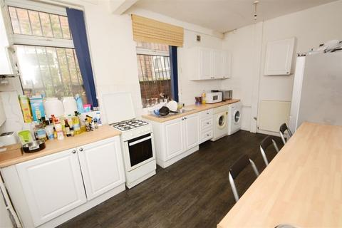 4 bedroom house to rent - Great Western Street