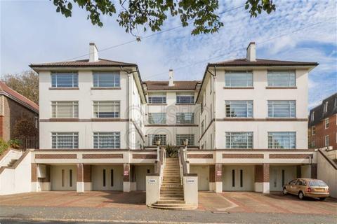 2 bedroom flat for sale - Park Court, Preston Park Avenue, Brighton, East Sussex