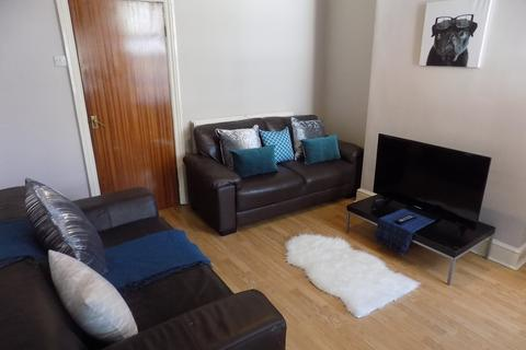 4 bedroom property to rent - Southview Road, Sheffield