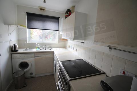 2 bedroom detached house to rent - **£80pppw** Falcon Close, Lenton, NOTTINGHAM NG7