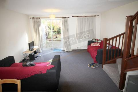 2 bedroom detached house to rent - *£95pppw* Wicket Grove, Lenton, NOTTINGHAM NG7