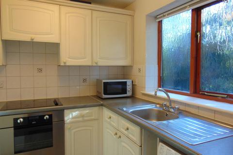 1 bedroom ground floor flat to rent - St Denys