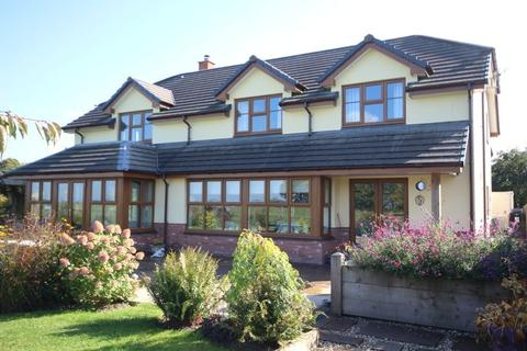 4 bedroom detached house for sale - NR CHULMLEIGH