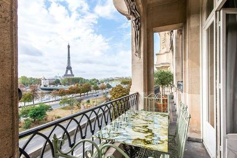 2 bedroom apartment  - Paris 08, Paris, Ile-De-France