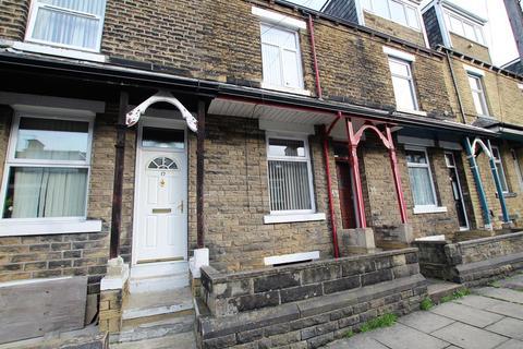 3 bedroom terraced house to rent - Burnett Place, Bradford, BD5 9LX