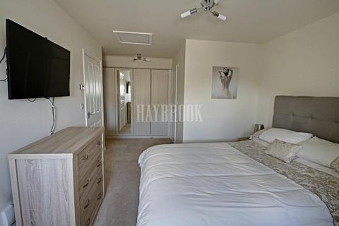 3 bedroom semi-detached house for sale - Principal Avenue, Kingstone