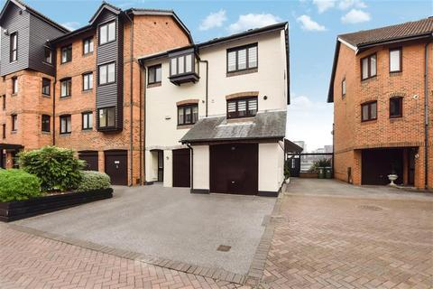 3 bedroom townhouse for sale - Channel Way, Ocean Village, Southampton, SO14 3GQ