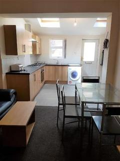 5 bedroom terraced house to rent - Pickmere Road , Crookes , Sheffield S10