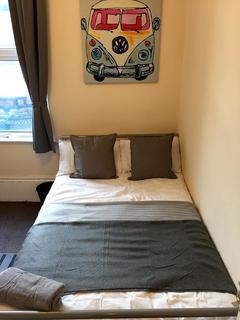 4 bedroom maisonette to rent - Barber road, Sheffield S10
