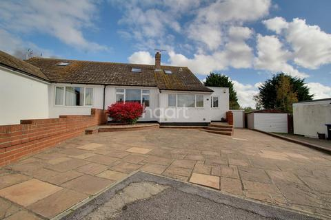 3 bedroom bungalow for sale - Orchard Close, Minster, CT12