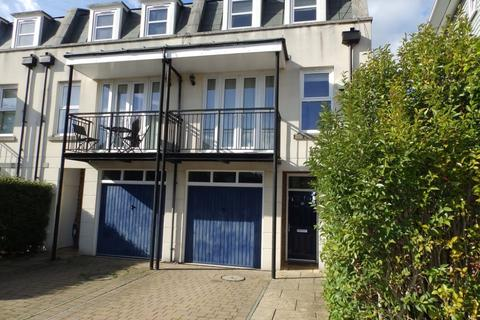 3 bedroom townhouse to rent - Exchange Mews, St Johns