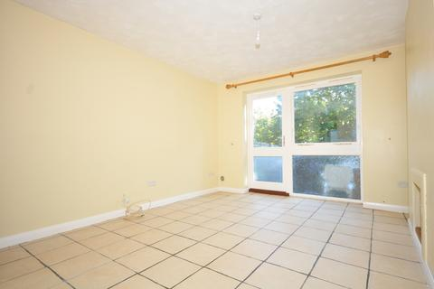 2 bedroom semi-detached house to rent - Sassoon Close Larkfield ME20
