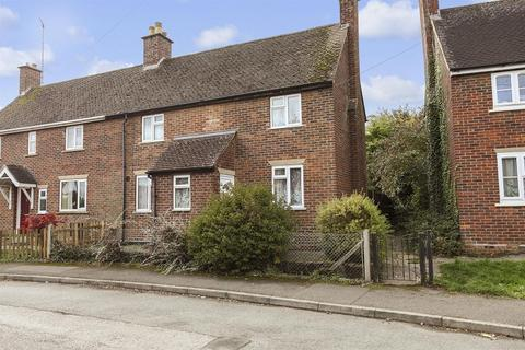 3 bedroom semi-detached house for sale - Warneford Place, Moreton-in-Marsh, Gloucestershire. GL56 0LR
