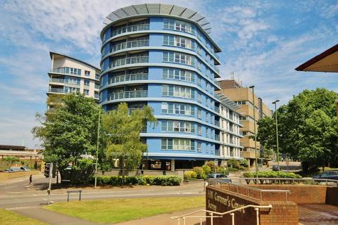 2 bedroom apartment to rent - The Exchange, Oriental Road, Woking, Surrey, GU22