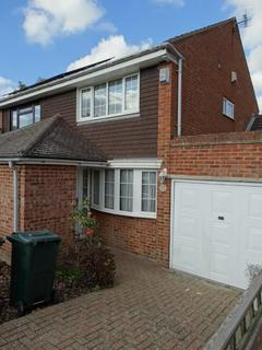 2 bedroom semi-detached house to rent - Staplehurst, Kent