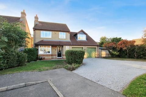 4 bedroom detached house for sale - 15 The Hardings, Welton