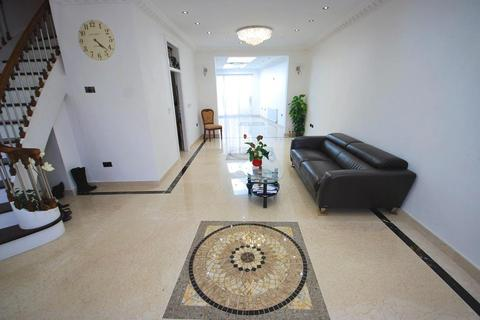 4 bedroom terraced house for sale - CLAYTON AVENUE, WEMBLEY, MIDDLESEX, HA0 4JU