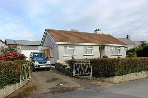 3 bedroom detached bungalow for sale - Hembal Road, Trewoon