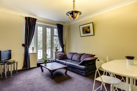 3 bedroom apartment for sale - Acol Court, Acol Road, London, NW6