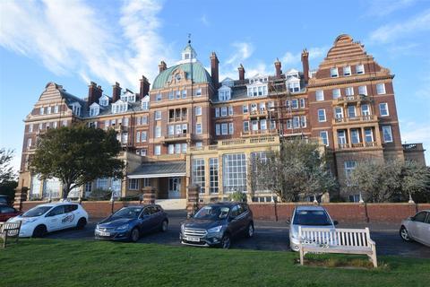 2 bedroom apartment for sale - The Leas, Folkestone