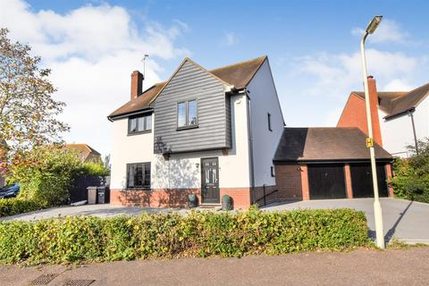4 bedroom house for sale - Merton Place, South Woodham Ferrers, Chelmsford