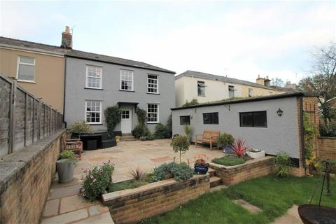 3 bedroom semi-detached house for sale - Lydney, Gloucestershire