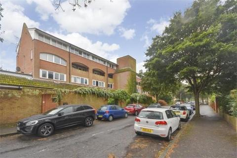 2 bedroom maisonette for sale - Grimston Gardens, Folkestone, CT20