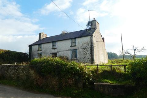 3 bedroom property with land for sale - Llangadog