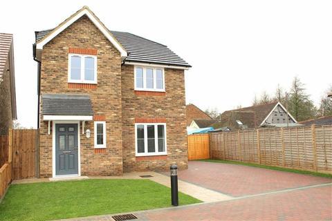 4 bedroom detached house for sale - Nuthatch Place, Rainham, Kent