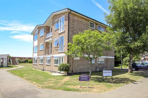 2 bedroom flat for sale - Belvedere Court, Burnham-On-Crouch