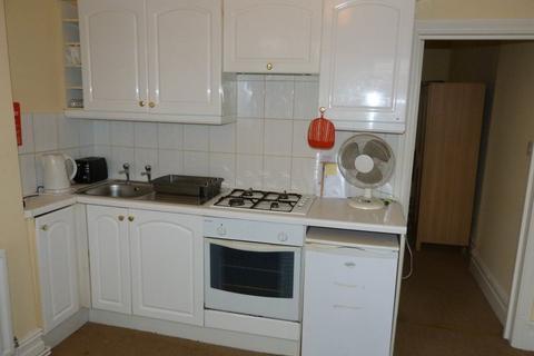 1 bedroom flat to rent - Penylan Road G/F/ Front, Roath, ( 1 Bed )