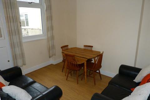 4 bedroom house to rent - Coburn Street ( 4 beds )