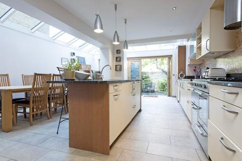 5 bedroom terraced house for sale - Broxash Road, London SW11