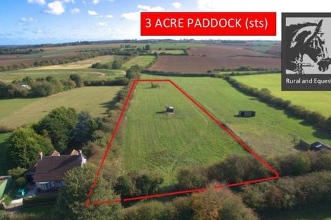 Equestrian facility for sale - Paddock adjoining Hallams Close, Julian Bower, Louth, LN11 9QN