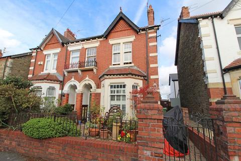 3 bedroom semi-detached house for sale - Windsor Crescent, Radyr