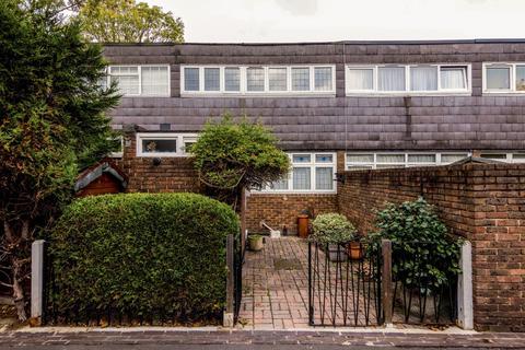 3 bedroom terraced house for sale - Prague Place, London, London SW2