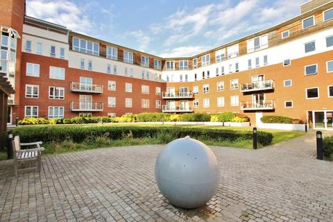 1 bedroom ground floor flat for sale - Eaton Court, South Woodford