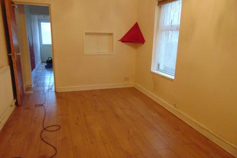 2 bedroom ground floor flat to rent - Clovelly Road, Southampton