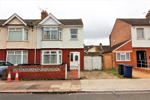 3 bedroom end of terrace house for sale - Dane Road, Southall
