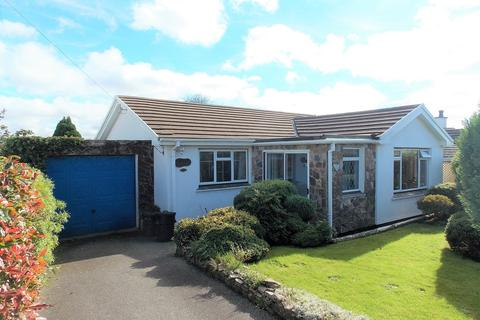 2 bedroom detached bungalow for sale - Blackwater, Truro
