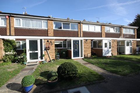 2 bedroom terraced house for sale - Ainsdale Close, Crofton