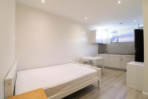 Studio to rent - Homecroft Road, London, Greater London. N22 5EL