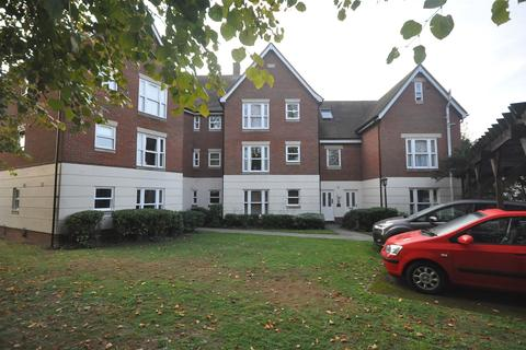 2 bedroom apartment for sale - King Edward Court, Cedar Avenue West, Chelmsford