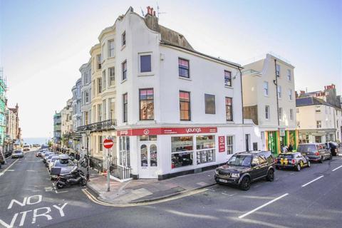 4 bedroom flat to rent - Upper St. James'S Street, BN2