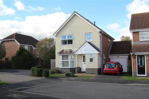 3 bedroom detached house to rent - Hawthorn Road, TN23