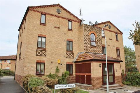 2 bedroom flat for sale - Courtland Grove, Thamesmead, London, SE28 8PA